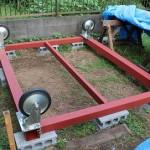車輪取り付け完了。タイニーハウスの土台mini(玄関部分)が完成~鉄骨土台づくり 第13話